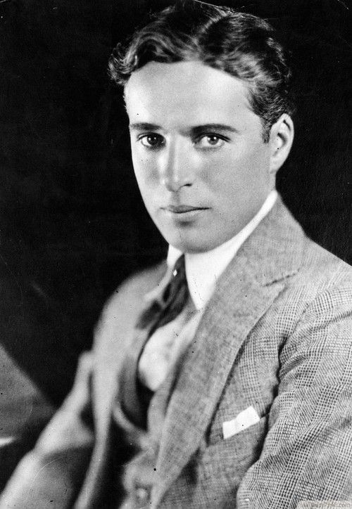 1920 men movie stars | Side Parted 1920's Haircut For Men http://bestpickr.com ...