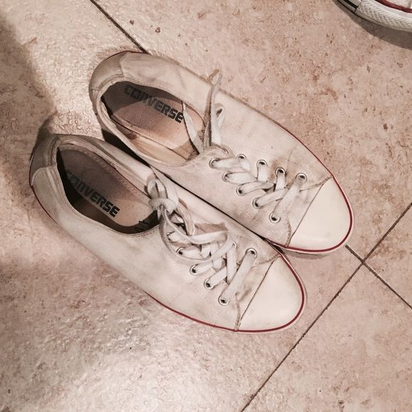 how to clean white converse without bleach