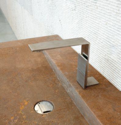 5mm, categoria Design per l'abitare: il rubinetto sottilissimo progettato Giampiero Castagnoli, Marco Fagioli, Emanuel Gargano, prodotto da  Rubinetterie3M.
