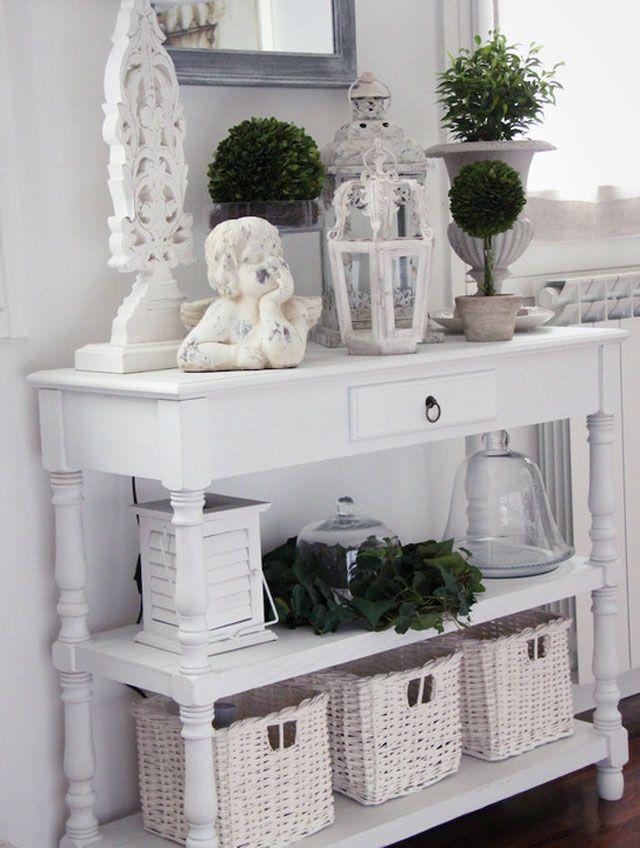 20 Wonderful Decorate Console Table Picture Idea
