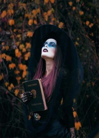 You can seriously never go wrong with the classic witch costume. This one is stylish and well, convincing.