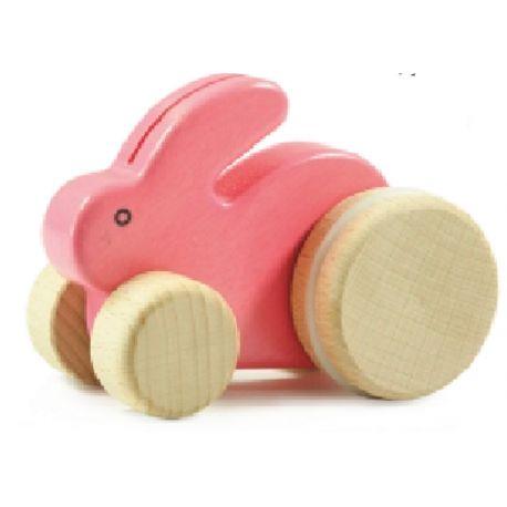 Witamy po krótkiej przerwie:)  Zaczynamy od Czarującego, drewnianego Króliczka Bajo 25090 - Zabawka do Pchania i Ciągania dla dzieci już od 1,5 roku.  Duże kółka podczas pchania unoszą tył króliczka w górę i w dół co daje wrażenie, że króliczek naprawdę kica.  Sprawdźcie sami:)  http://www.niczchin.pl/drewniane-zabawki-do-pchania-ciagniecia/2715-bajo-25090-drewniany-maly-krolik.html  #bajo #kroliczek #pchania #ciagania #zabawki #niczchin #krakow