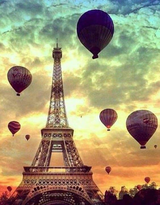Paris and hot air balloons?!?! Two of my bucket list items I'd love to check off at once!