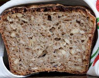 Chleb pełnoziarnisy