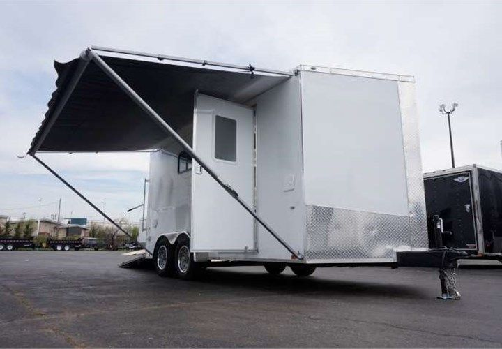 16 Toy Hauler This 16 Long Toy Hauler Is Outfitted With 24 Feet Of Recessed Wall Mount E Track Sidewall Toy Hauler Enclosed Cargo Trailers Custom Trailers