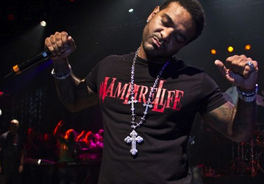 Jim Jones Being Sued By Vampire Life Investors- http://getmybuzzup.com/wp-content/uploads/2014/01/jim-jones.png- http://getmybuzzup.com/jim-jones-sued-vampire-life-investors/- Jim Jones Being Sued ByAmber B Investors for an indie urban vampire-flick claim they gave rapper Jim Jones creative control over their project, but that he instead took their idea and their seed money and ran. Those familiar with theVh1 Reality Starare well aware of his Vampire Life clothing a...