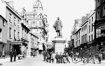 Old photo of Wind Street And Vivian Statue 1896, Swansea