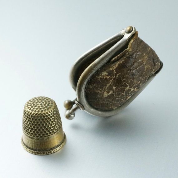 ANTIQUE  THIMBLE.  thimble case. victorian. english