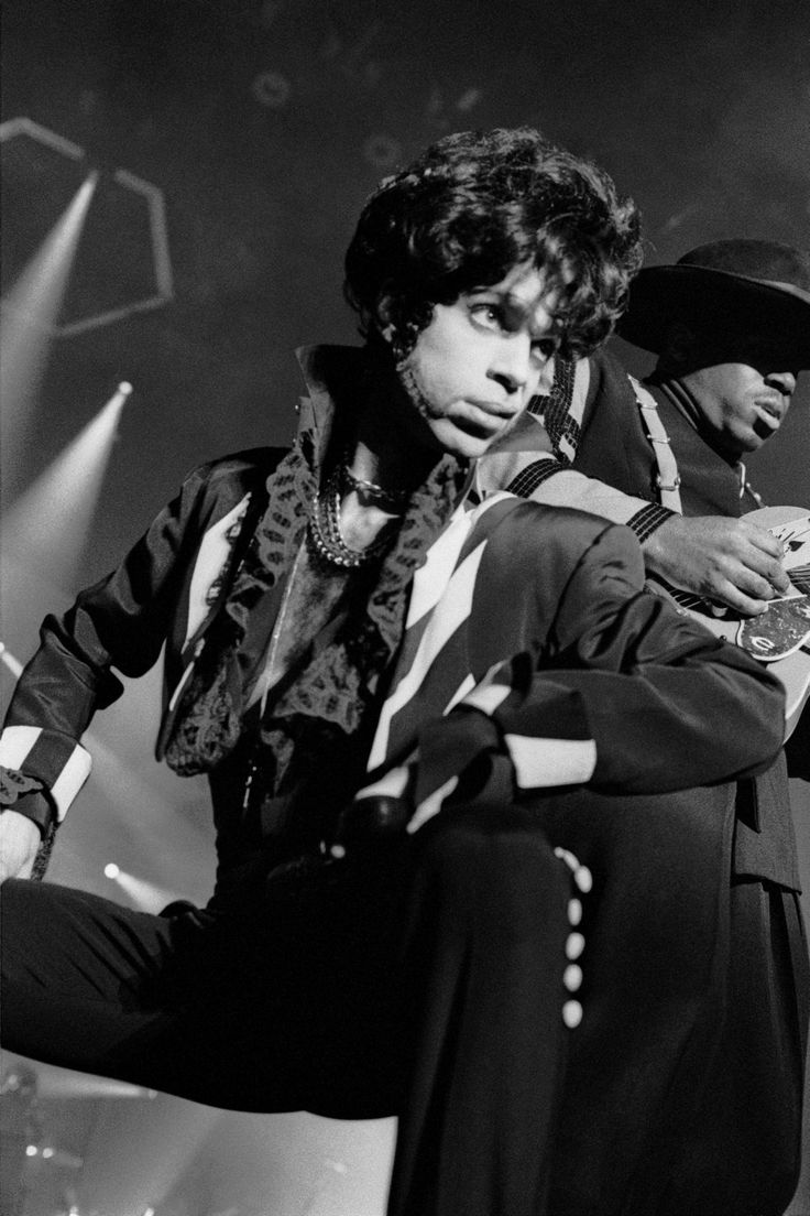 Accgoo Presents : Prince 30 Years in Pictures — Prince