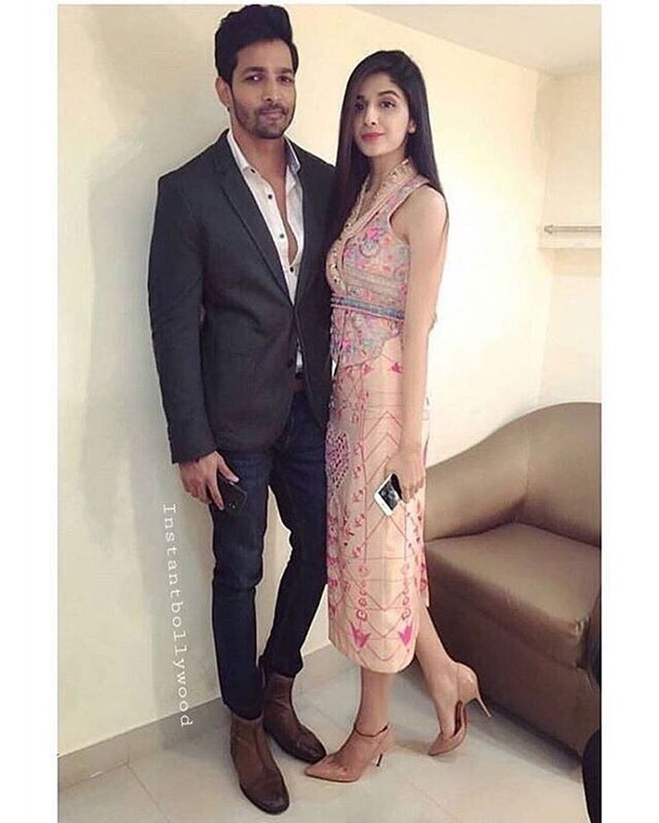 This week, last year Sanam Teri Kasam was released. One of the most loved romantic movie of the year. #DoubleTap for Harshvardhan Rane & Mawra Hocane @Bollywood ❤❤❤ . . . #bollywood #mawrahocane #harshvardhanrane