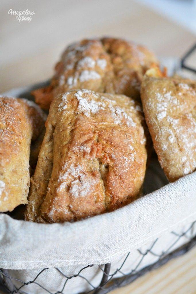 Petits pains de seigle à la tomme de brebis et jambon cru IG bas