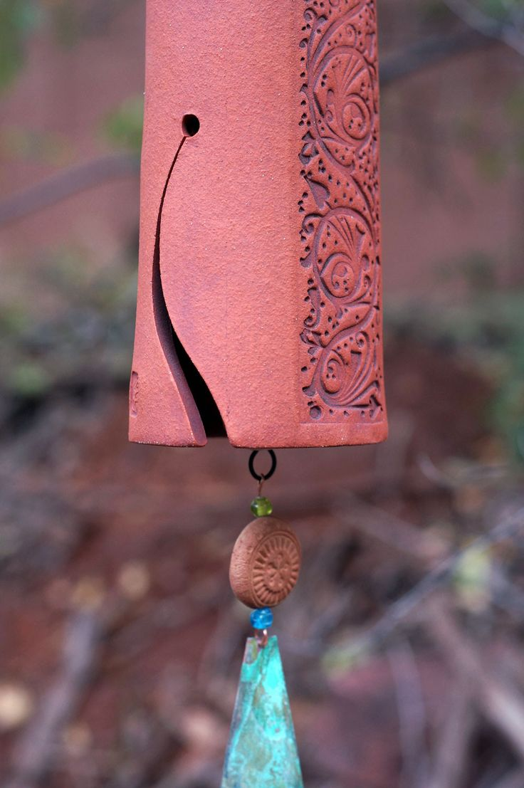Ceramic Wind Chime Garden Bell with Vines Pattern, Patina Copper Wind Sail with Bird Sculpture Garden Art - Rustic Garden Decor