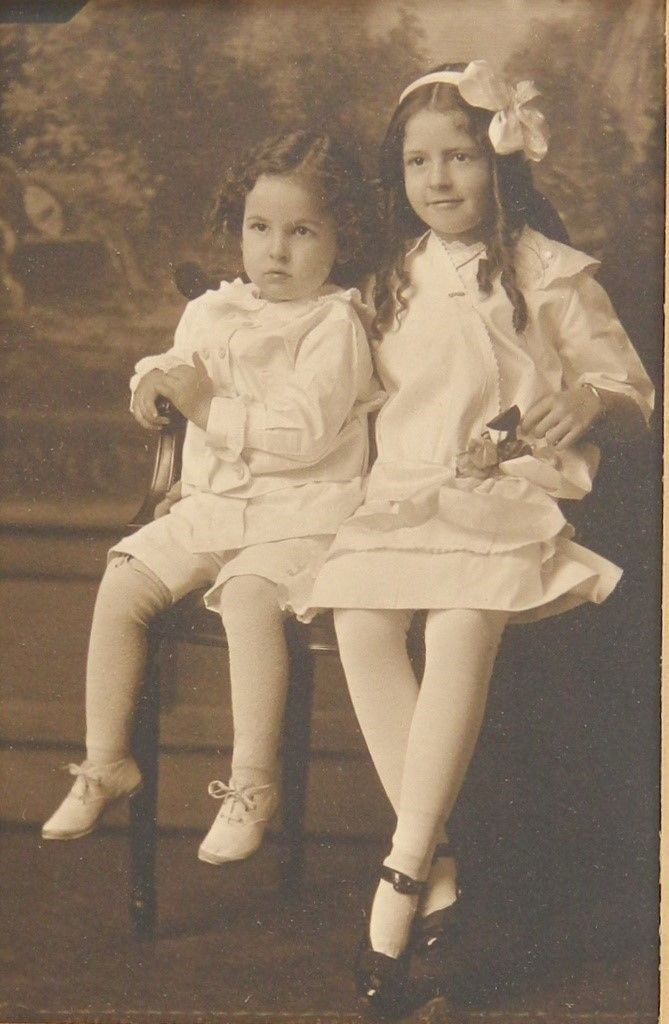 Маленькие девочки одеты в белом портрет Портленде, штат Мэн 20-е годы 20 века длинные волосы кудри | eBay