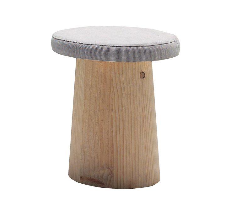 Champi Hocker gepolstert von #Casual Solutions  ab 222,00 €        Champi ist ein dynamisches und lustiger Hocker! Es gibt ihn in zwei Ausführungen, ungepolstert oder mit gepolstertem Sitz.         #Massivholzmöbel #Vollholzmöbel