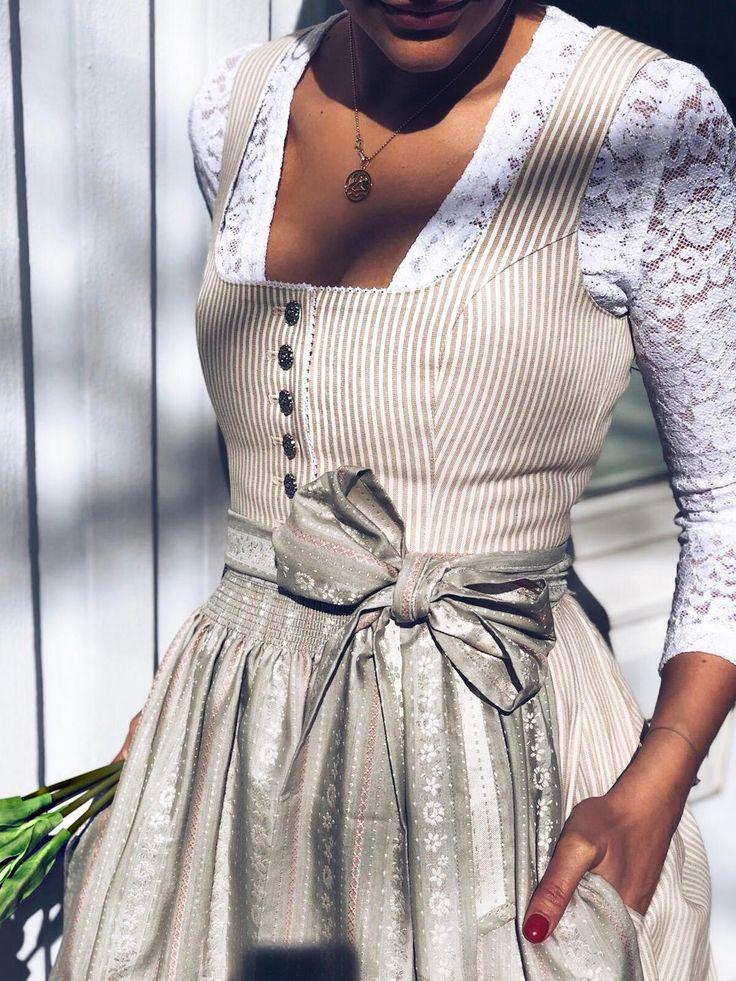 Dirndl Rosi White Stripes   – CocoVero Frühling Sommer 2019