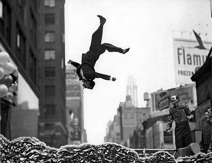 """Garry Winogrand - """"Flip"""", USA, 1950s"""