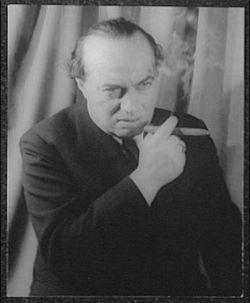 Franz Viktor Werfel (* 10. September 1890 in Prag; † 26. August 1945 in Beverly Hills, Kalifornien) war ein österreichisch-US-amerikanischer Schriftsteller. Er war ein Wortführer des Expressionismus. In den 1920er und 1930er Jahren waren seine Bücher Bestseller. Seine Popularität beruht vor allem auf seinen erzählenden Werken und Theaterstücken, über die aber Werfel selbst seine Lyrik setzte.