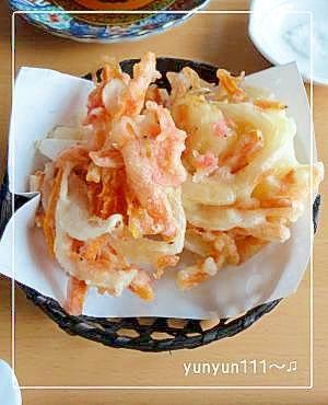 """KAKIAGE(deep-fried onion,carrot,small shrimp.)"" - japanese recipe/我が家の☆桜エビと野菜のかき揚げ♪☆"