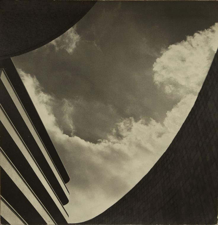 MARCEL GIRÓ (1913-2011), Finestra al cel, c. 1950. (Galeria Bergamin)