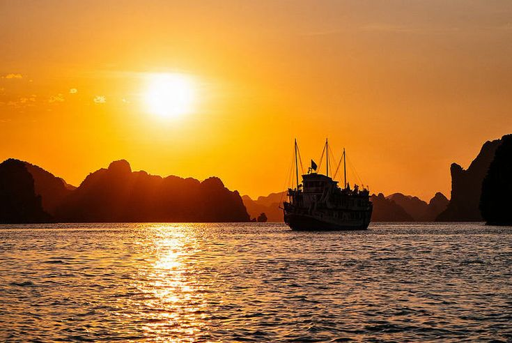 Vietnam Tours is the showcase of finest luxury tours from each category; this tour offers you the highest standards with the very best of experiences, making this luxury in every way.