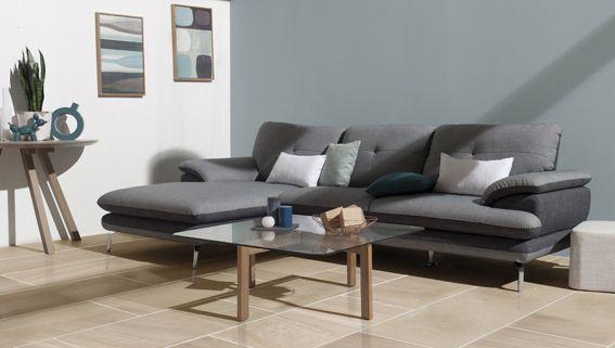 salon canape d'angle gris mur bleu esprit scandinave bois blond salon epure