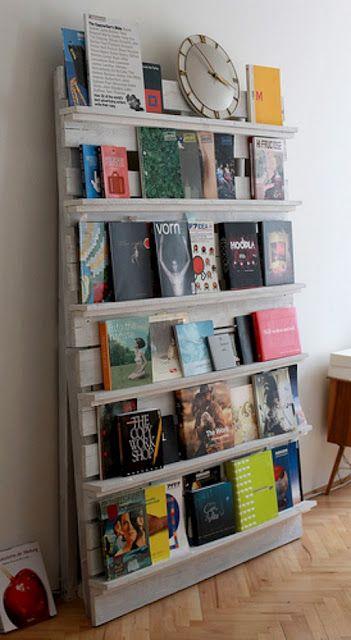 Pallet Turned Bookshelf A nice flat space saver. And cheap! Idea via Storage & Glee