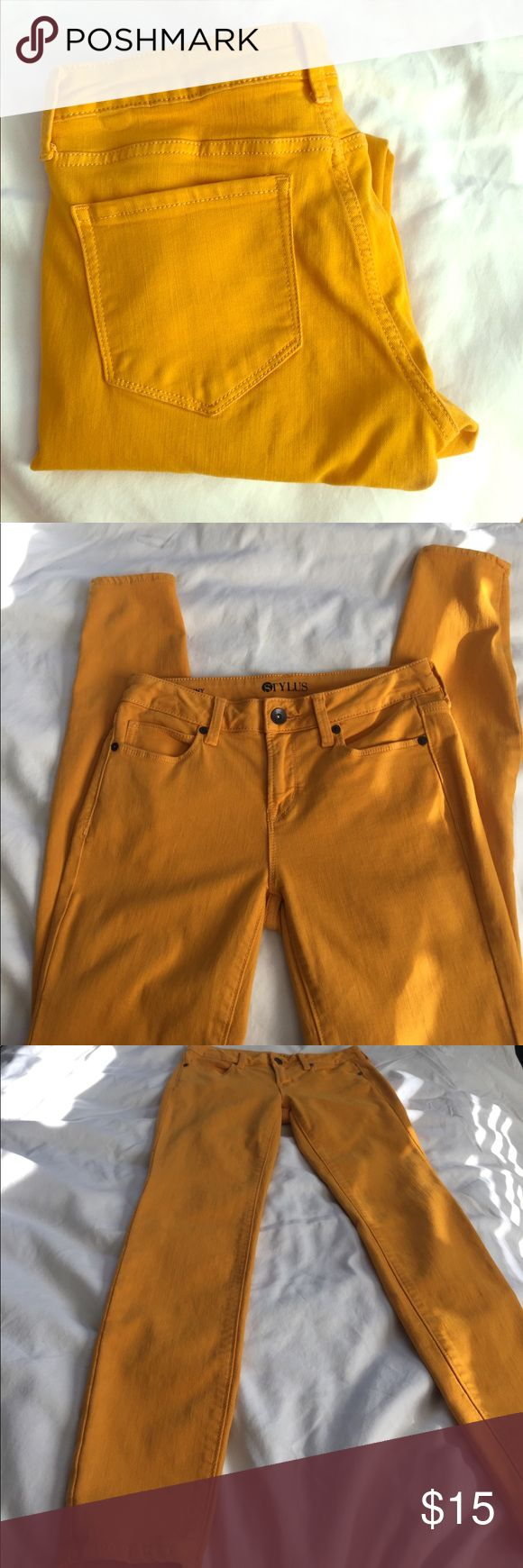 Stylus NWOT Mustard Jeans Never worn! Mint condition. Size 26/2 stylus Jeans Skinny