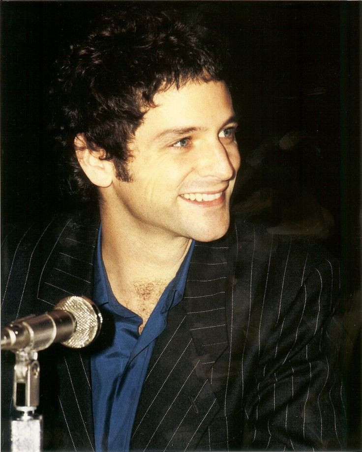 Lindsey Buckingham, Fleetwood Mac...i would not have recognized him. I am casting him as luthe in my head, turned pale and blonde, for hero and the crown. I think.