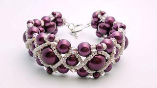 The Heart Beading: Pearl Bracelet
