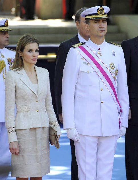 El Rey preside el Día de las Fuerzas Armadas. Príncipe Felipe y doña Letizia