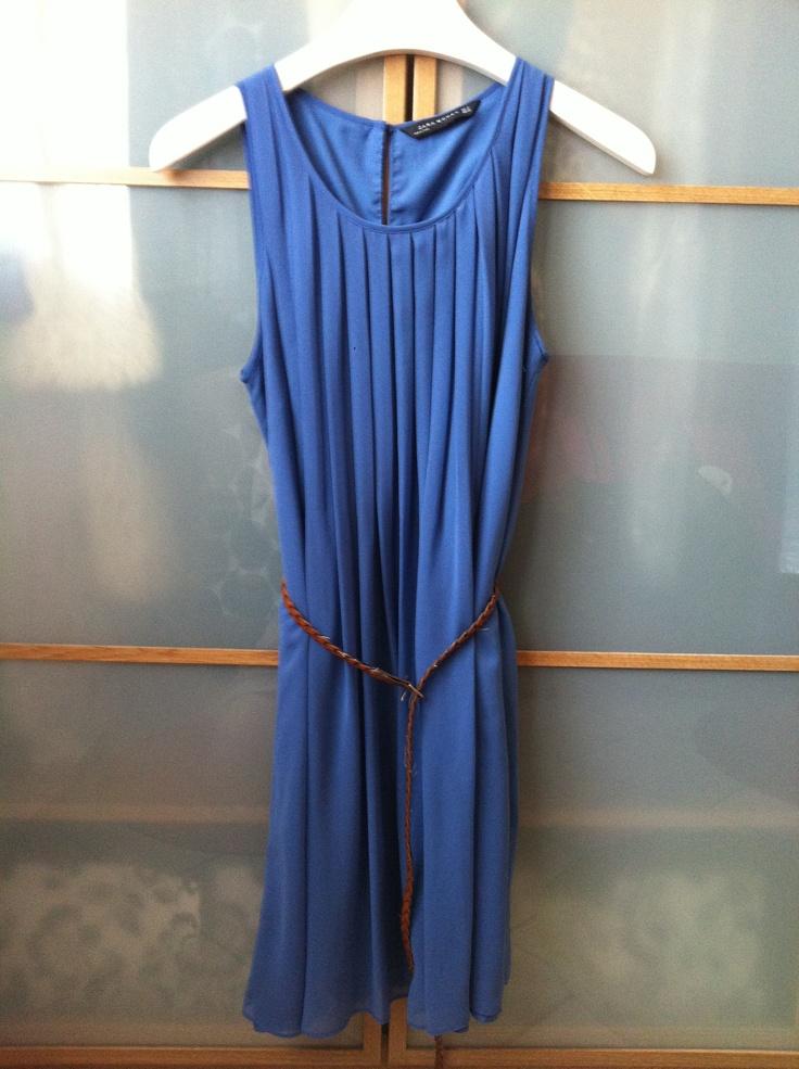 Kate middleton duchess of Cambridge sale dress from zara found on le boncoin.fr 25€!