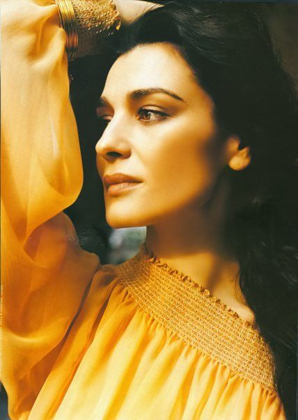 Greek actress and Olympic headpriestess, Maria Nafpliotou ...