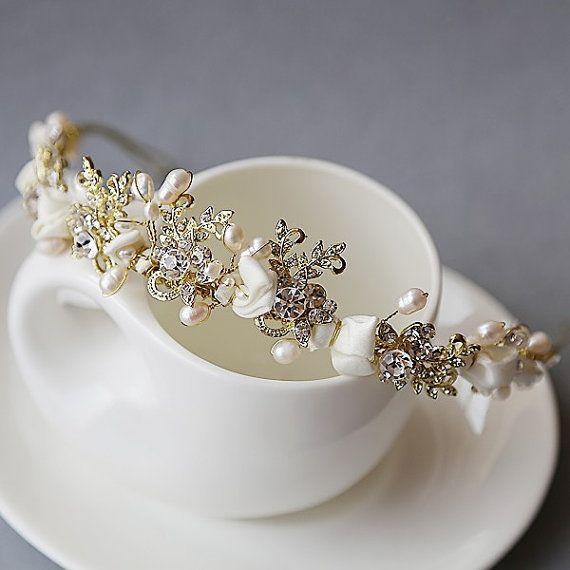 Bridal Hair Accessory Wedding Hairpiece  pearl  by Sbiroliabridal, $38.00