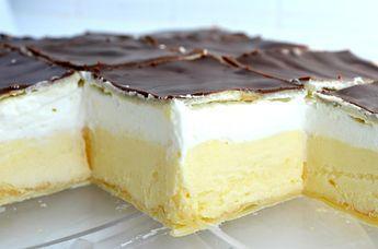 Delicious puff pastry cream slices