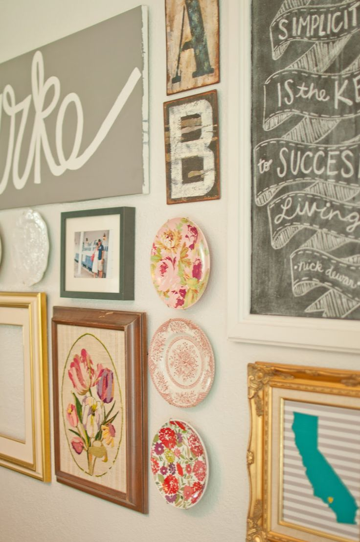 70 best images about wall art arrangement ideas on for Collage wall art ideas