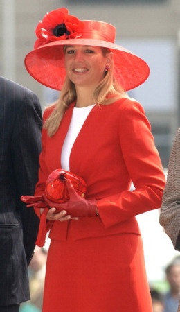Princess Máxima | The Royal Hats Blog | April 28, 2013 by HatQueen--Today and tomorrow, we're going to look at the millinery style of Princess Máxima. Today we'll look at her hat fashion during the first five years of her princess-hood. Máxima became a princess on February 2, 2002 when she married Prince Willem-Alexander, the Prince of Orange. Some princesses ease into hat wearing but not Máxima – for the first year of her royal life, her hats were BIG.