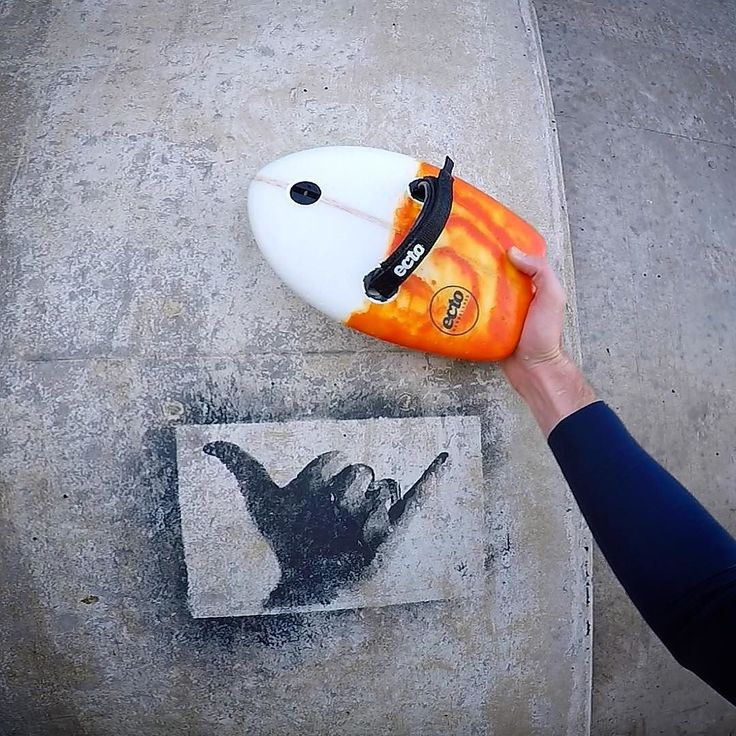 Someone was stoked enough to be spraying shakas on their local break wall in NZ #thefrothwasreal #shakabrah - The Inferno Orange handplane pictured is in limited numbers if you are interested please get in contact! #shakas #handplane  #ectohandplanes  #handplanes #handplanesurf  #handboard #handboards #shakastencil  #NZ  #newzealand  #stclair #saintclairsurf #bodysurfnz #dunedin #infernoorange  #ectopro #ectoglasspro #ecto - Photo @ectohandplanes