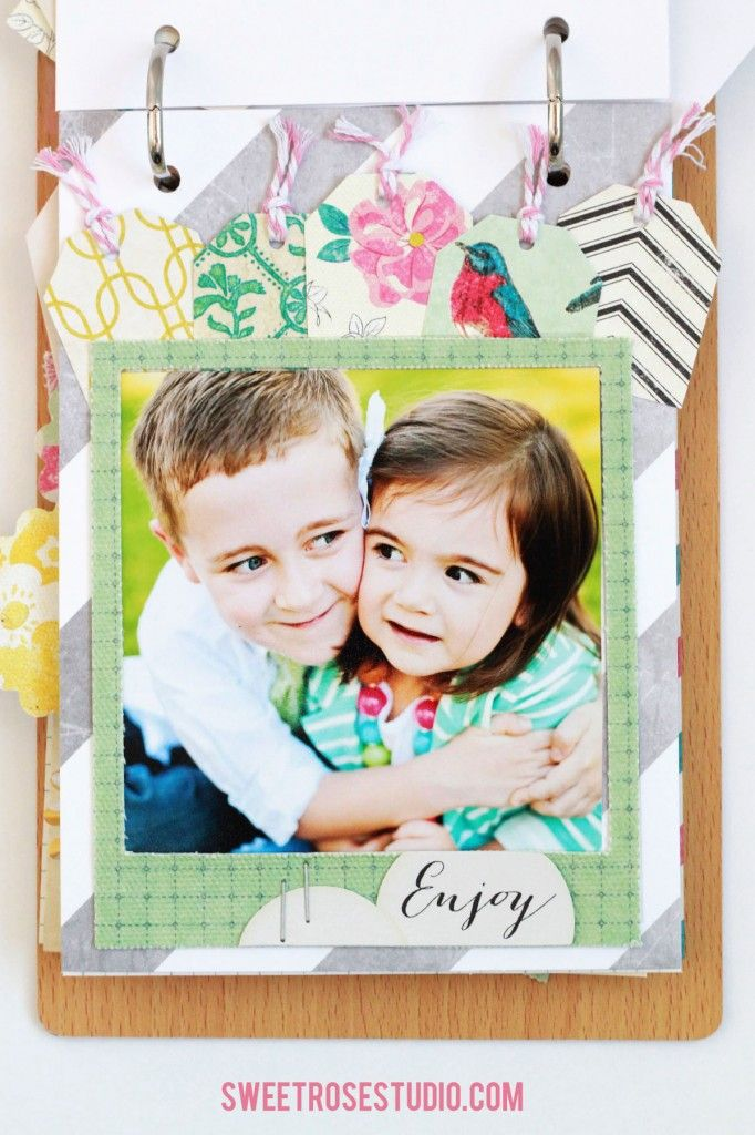 Display your Family Photos with this sweet Flip Book!