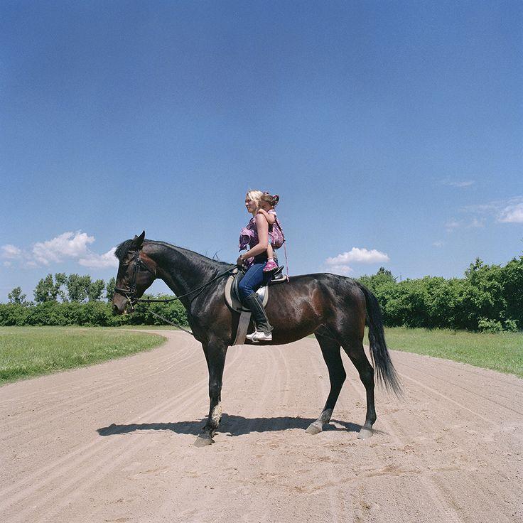 2016. június 6. - Sissi és Boró - Hordozás sétalovaglás közben | 6 June, 2016 - Sissi and Boró - Babywearing while slow horseback riding  #carrymeproject #cmp #hordozás #babywearing #slowhorse