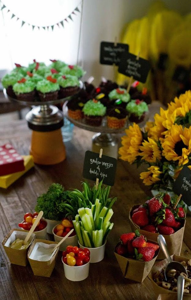 Food ideas for peter rabbit party i love the signs for Food garden ideas