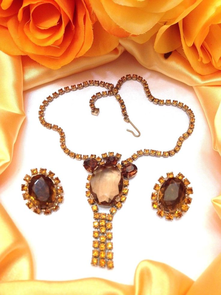Beautiful Vtg WEISS Root Beer and Topaz Rhinestone Dangle Necklace and Earrings