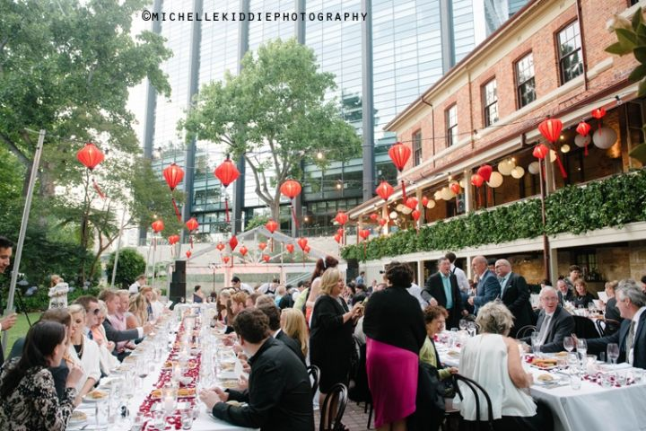 Lamonts Bishop House – long weddings tables outside a historic building in the heart of the city.