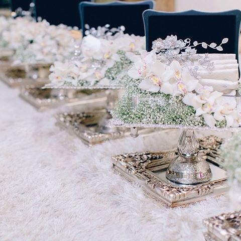 Wedding hantaran...baby's breath and orchids to complement this array of engagement dulangs. Arrangement by @iampakabu. Very classy without overdoing it. Photo credit: @wsvs.co