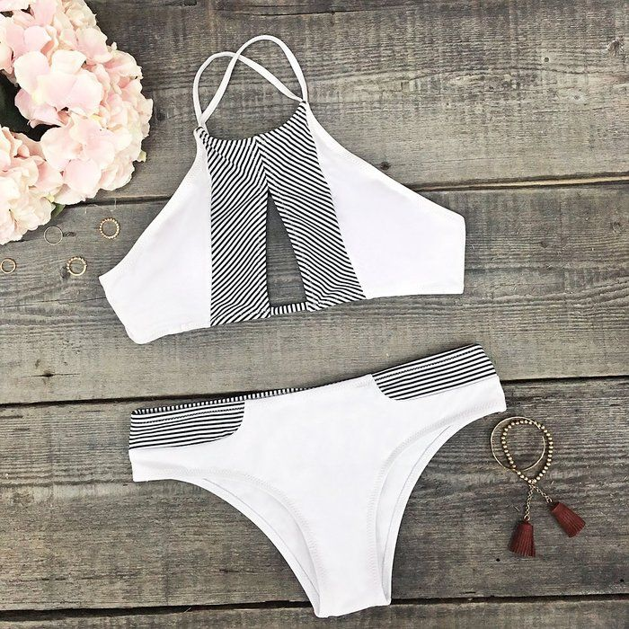 Cupshe Fashion Women's Stripe Splicing Front Cutout Padding Bikini Bathing Suit (M, Black)