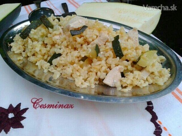 Bulgur Pilav s cukinou a kuracími prsiami (fotorecept) - Recept