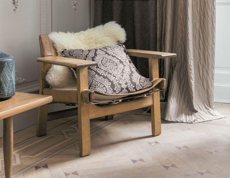 ELEGANCE Collection de Saum. Dego: Cojín / Coixí. Dasa: Caída / Caiguda. #ontariofabrics #homedeco #interiordesign