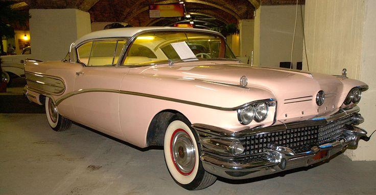 1958 Buick Super Roadmaster | Álomautó Múzeum | Veterán autó bérlés | Oldtimer autók | Amerikai veterán autók | Régi amerikai autók | Veterán autó bérlés esküvőre és rendezvényre