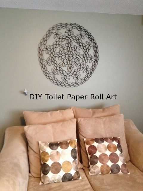 17 best images about toilet paper wall art on pinterest for Painting toilet paper rolls
