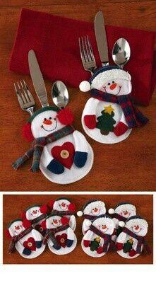 Decoración para colocar los cubiertos en la mesa de Navidad