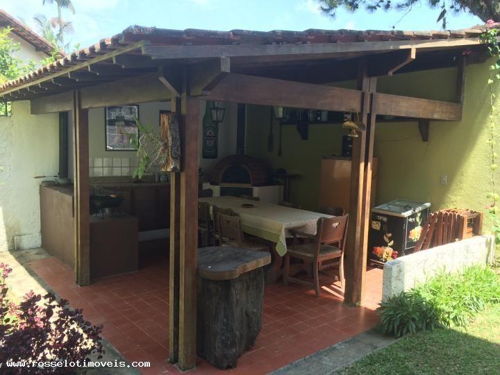 Casa com 5 Quartos para Alugar, 274 m² por R$ 5.000/Mês Iúcas, Teresópolis, RJ, Foto 1